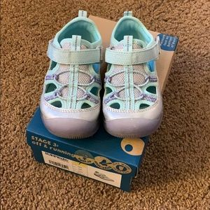Surprize Stride Rite Girls LightUp Shoes